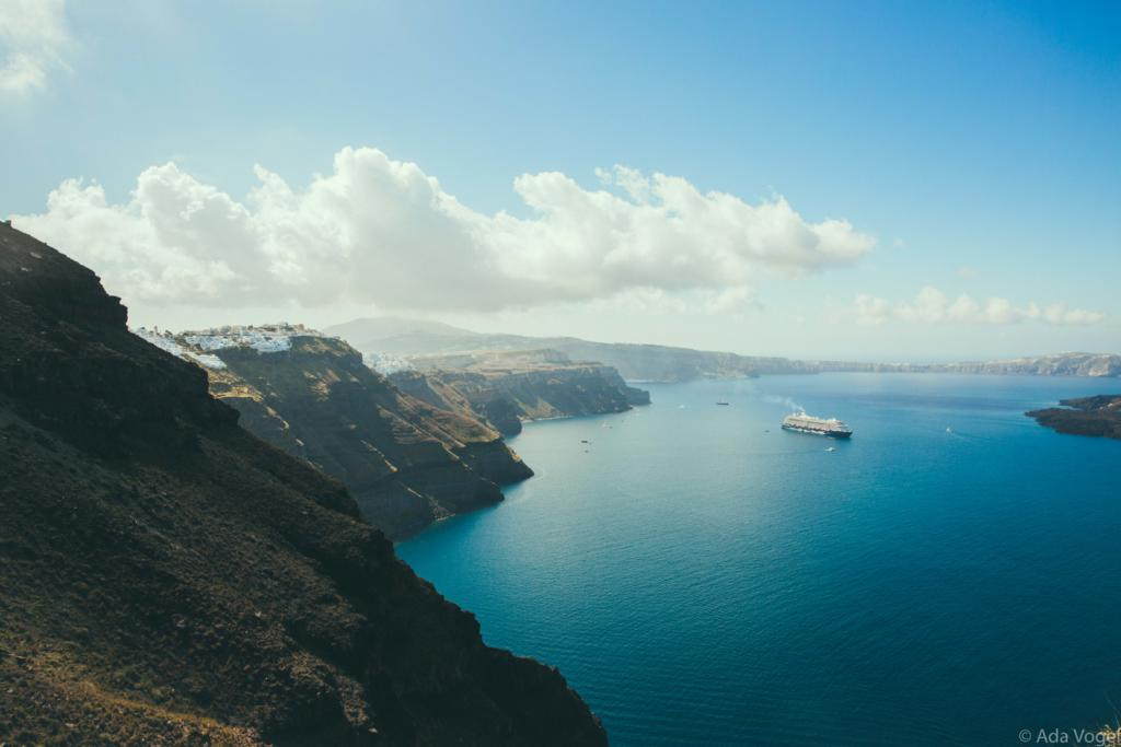 What to see in Santorini
