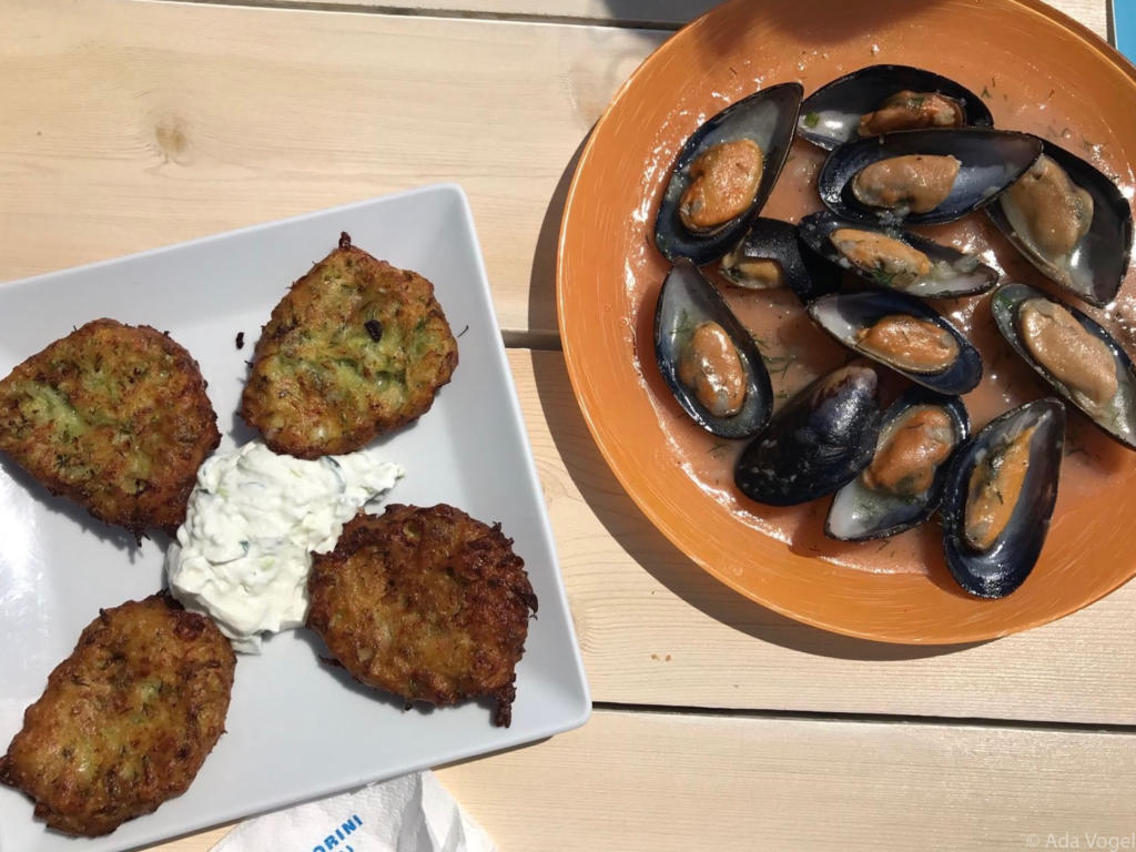 Grilled zucchini with tzatziki and mussels
