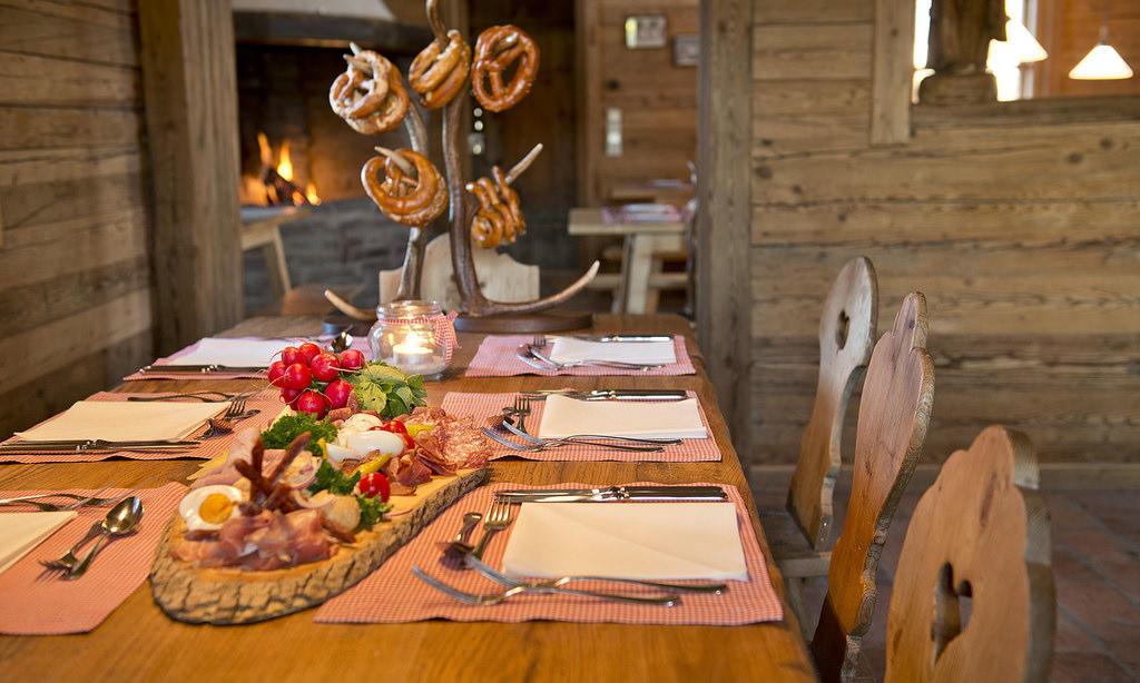 Bayerische Brotzeit - European Cuisine