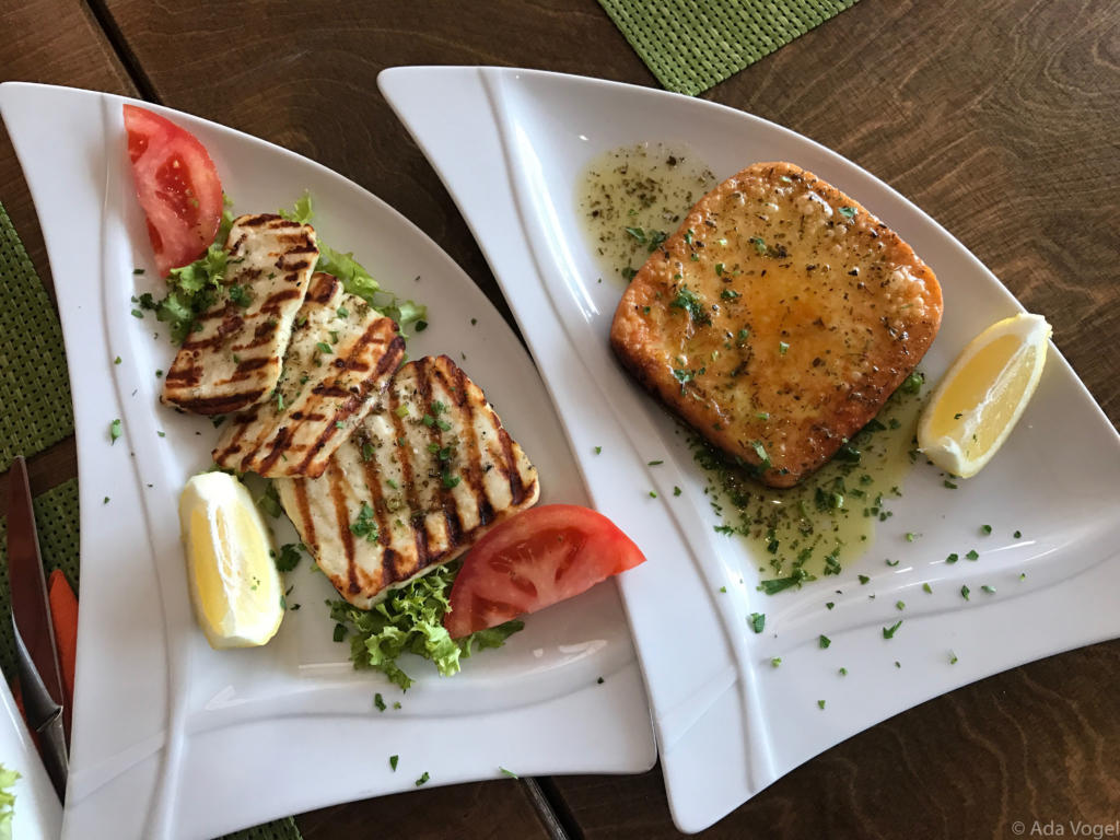 Grilled Halloumi and cheese savanaki